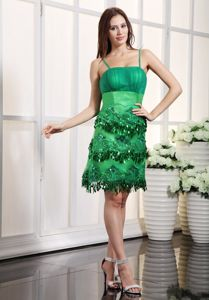 Fashionable Green Junior Graduation Dresses with Beads and Tassel