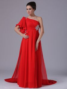 One Shoulder Beading and Ruches Watteau Graduation Dress in Red