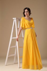 Half Sleeves V-neck Chiffon Beading Graduation Dress in Yellow