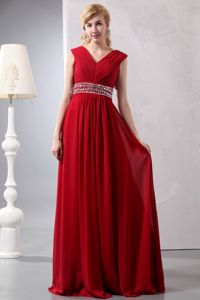 Wine Red Beading Empire V-neck Ruched Plus Size Graduation Dress