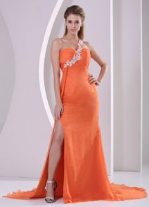 Ruched Orange Red One Shoulder Slit Appliques Graduation Dress