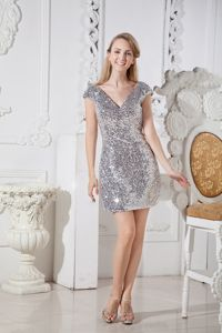 Sequined V-neck Sliver Senior Graduation Dress with Cap Sleeves