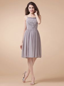 Spaghetti Straps Grey Beading Knee-length Graduation Dresses