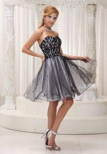 Black Lace Sweetheart Knee-length Senior Graduation Dress