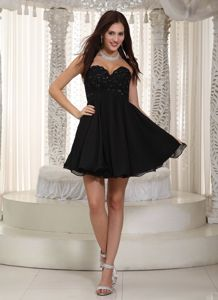 Sweetheart Beading Black Prom Dress For Graduation Mini-length