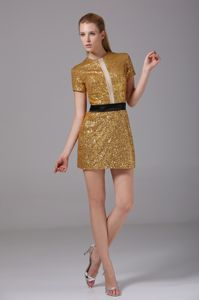 Shimmery Round Neck Short Sleeves Gold Mini Graduation Dress