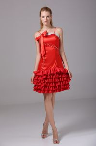 Spaghetti Straps Red Graduation Dress with Bow and Ruffled Hem