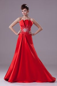 Modern Beaded Red Graduation Dress for College Sweep Train
